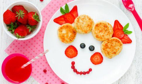 果物と野菜で作った女の子の顔